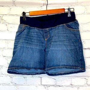 Liz Lange Maternity Blue Jean Shorts Sz. Small